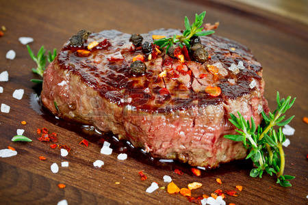 36910519-steak